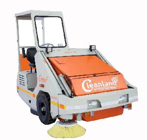 Cleanland Hydraulic Operated Sweeping Machine Shakti-009 Champion