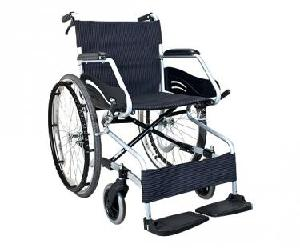 Karma Premium Wheel Chair Sm 100.3 F22