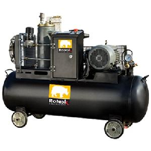Roteck Ra-7t 42 Cfm Tank Capacity 300 Ltr Mounted Screw Air Compressor