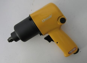 Unoair I-44 A (Square Drive 1/2 Inch Speed 7000 Rpm) Heavy Duty Impact Wrench.